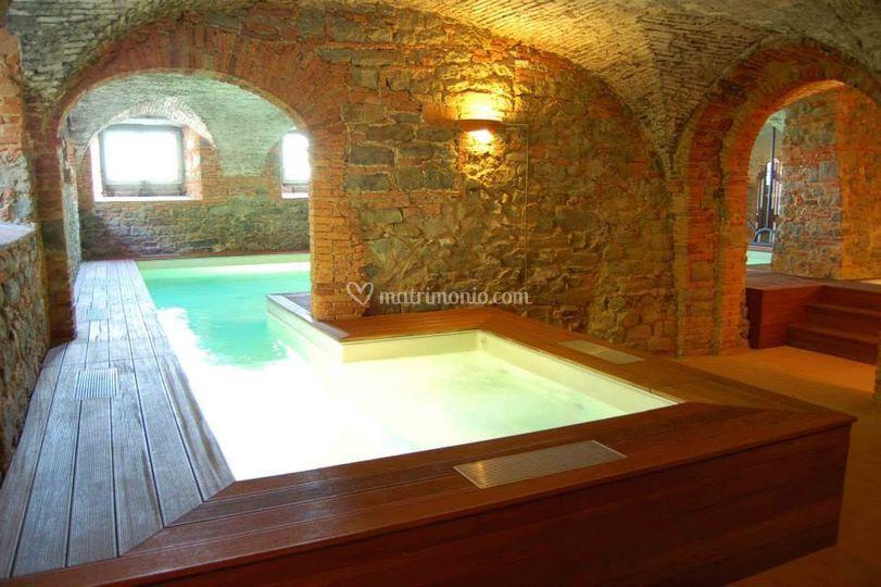 Villa guinigi - Agriturismo piscina interna riscaldata ...