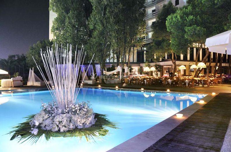 Berti hotels for Addobbi piscina per matrimonio