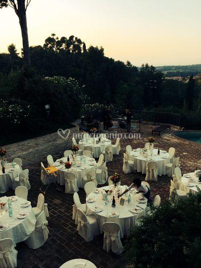 Cena in terrazza panoramica di Castello di Montegiove Country House ...