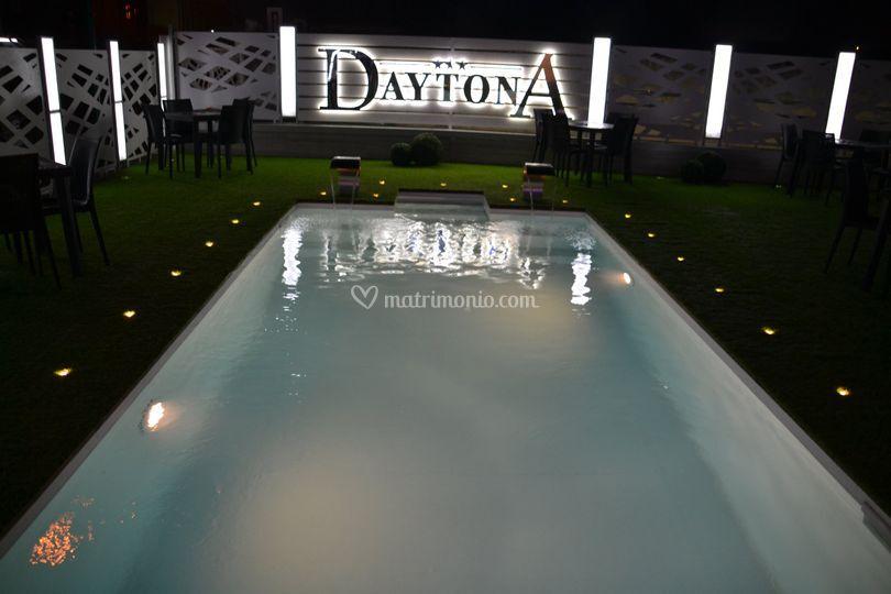 Esterno piscina