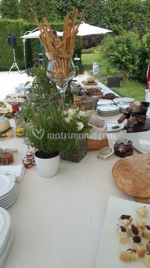 Allestimento buffet rustico