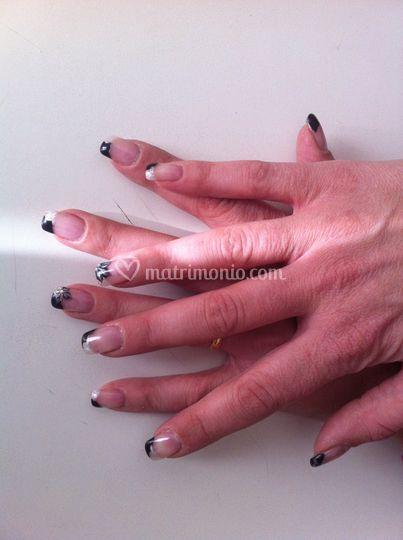 Un esempio di nails art