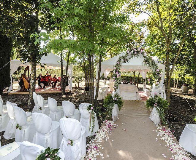 Matrimonio Civile All Aperto Toscana : Matrimonio civile all aperto di gerbera wedding foto