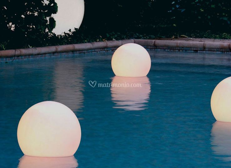 Floating Globe White Lights