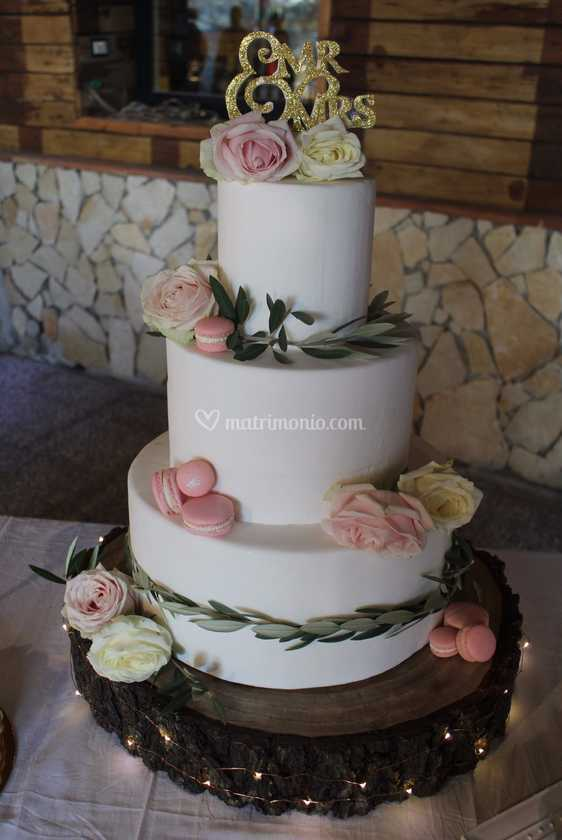 Wedding Cake Con Fiori Freschi Di Lalla Lab Foto 1