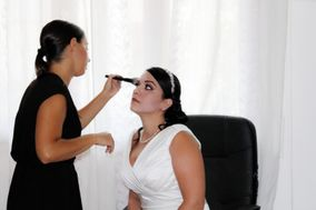 Valentina Etzi Make-up Artist