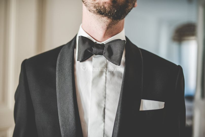 Dressing up groom