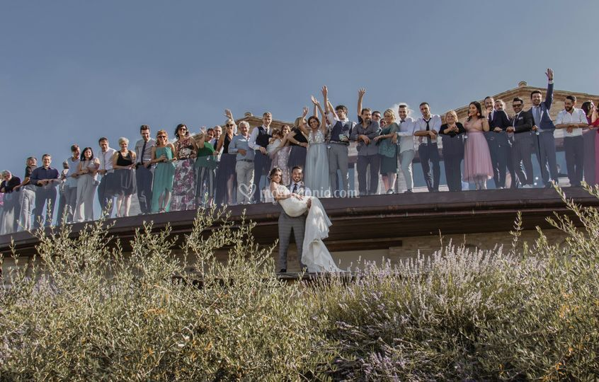 Foto di gruppo in terrazza