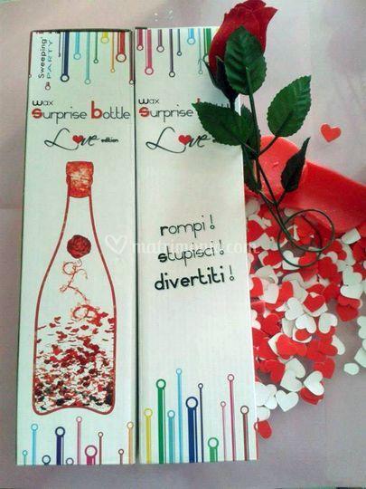 Bottiglia cera cuori e rosa