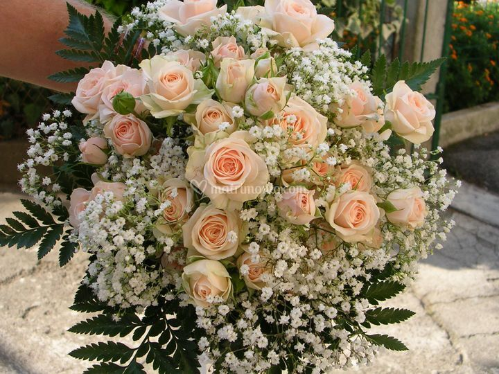 Bouquet rose ramificate