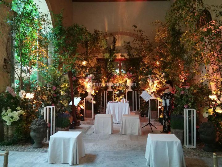 Laura Mameli Celebrante & Events Creator