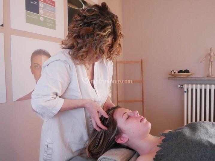 Massaggio ayurvedico testa