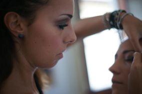 Lu Make Up