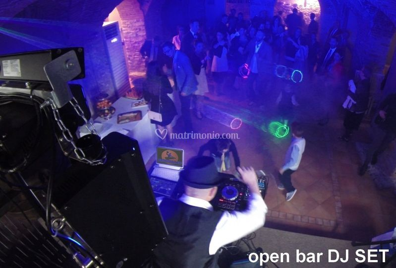 Open Bar DJ Set