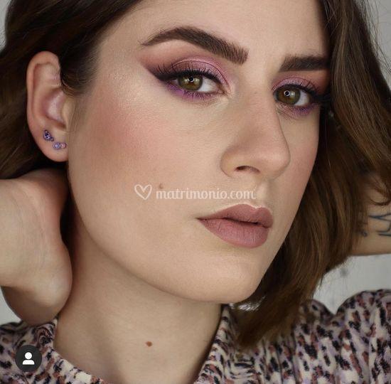 Makeup eyeliner sfumato