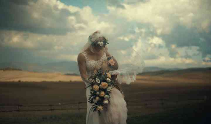 Elope in Tuscany