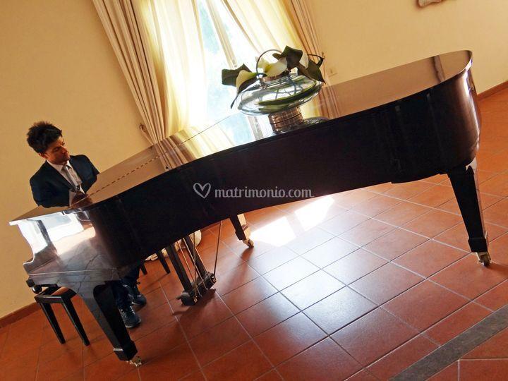 Live Piano Villa Dino