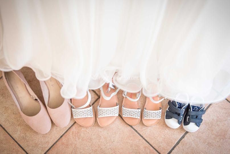Le scarpe di mamma e figli