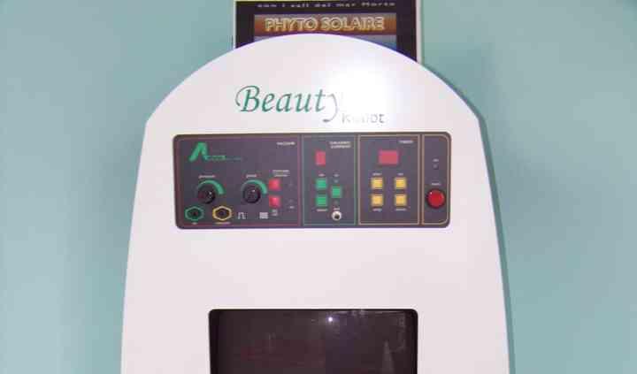 Beauty Robot per l'analisi e la cura dei capelli