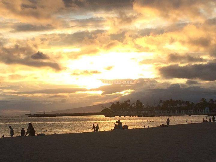 Tramonto a waikiki hawaii