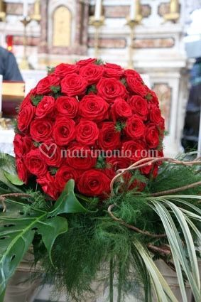 Sfera rose rosse
