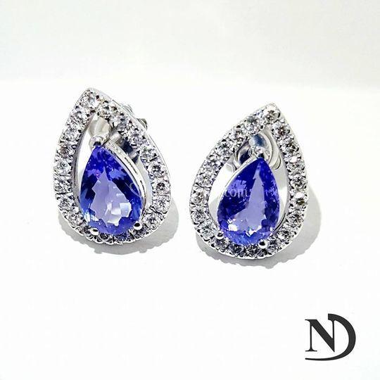 Gocce tanzanite oro e diamanti
