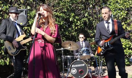 Luana and The Wedding's Trio