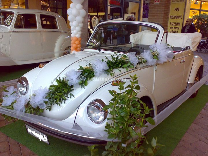 Maggiolino cabrio bianco