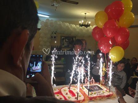 Bruno + torta + stelline luminose