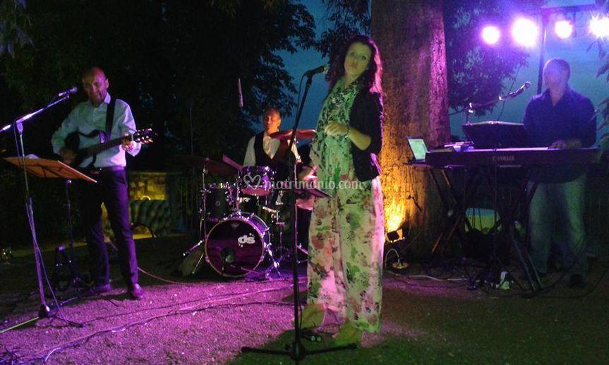 Live Band con Elodea