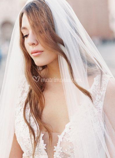 Bridal hair style and make-up