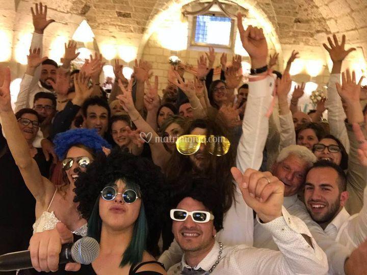 Selfie con sposi ed invitati