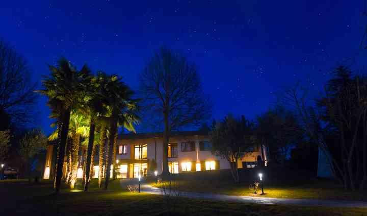 Vista notturna dal parco