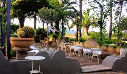 Villa Laura Resort