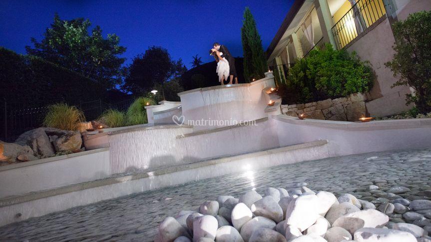 Fontana la sera