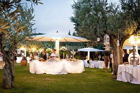 Buffet in giardino di Villa San Marco