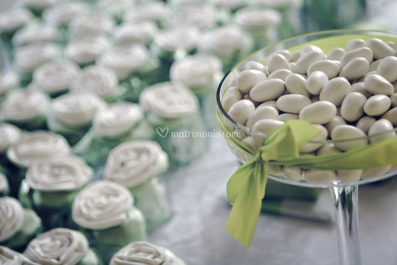 In White Nozze e Confetti
