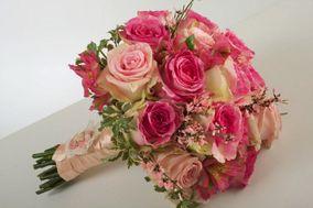 Noemi Flowers
