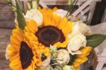 Bouquet girasoli e rose