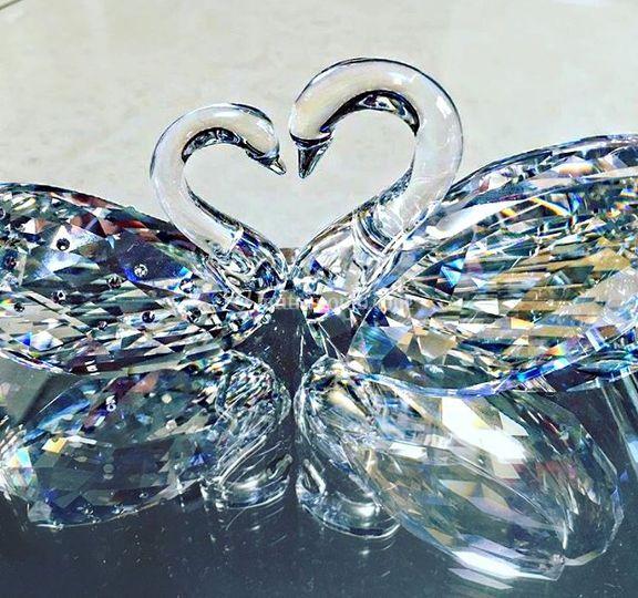 Love Swans Bomboniera