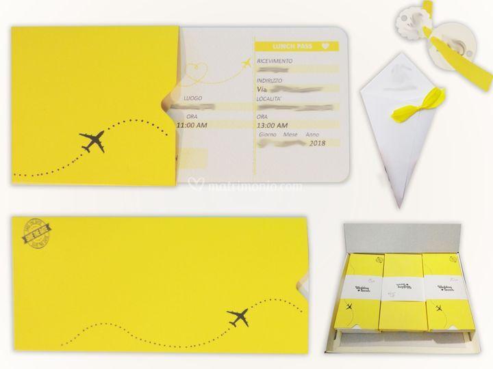 Biglietto aereo con busta