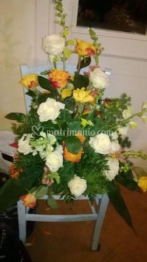 Composizioni floreali tema giallo