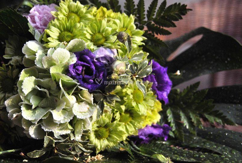 Bouquet viola e verde