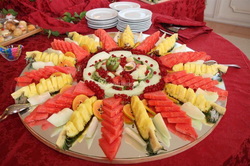Buffet Di Dolci E Frutta : Gran buffet di dolci e frutta paradiso ricevimenti