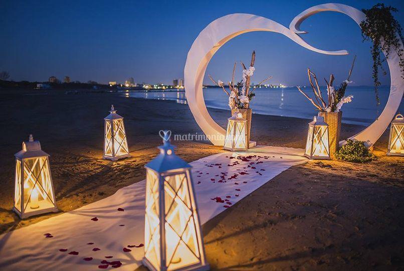 Matrimonio Sulla Spiaggia Emilia Romagna : Matrimonio in spiaggia di wedding planner for you foto