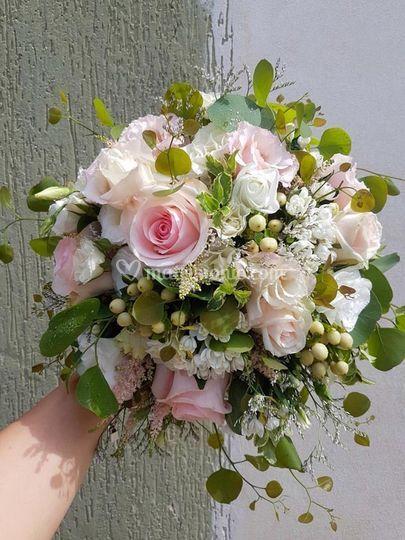 Bouquet sposa rose rosa
