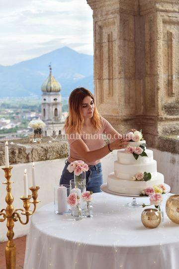 Romantico tavolo torta