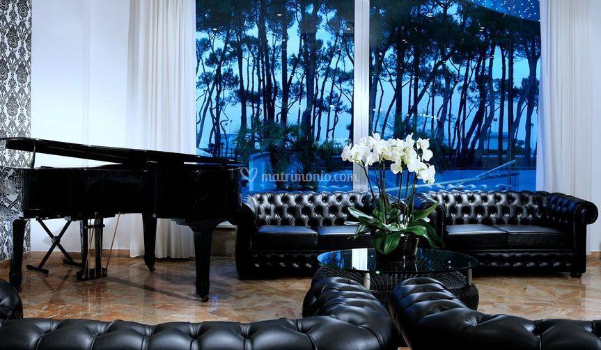 Lounge con Piano