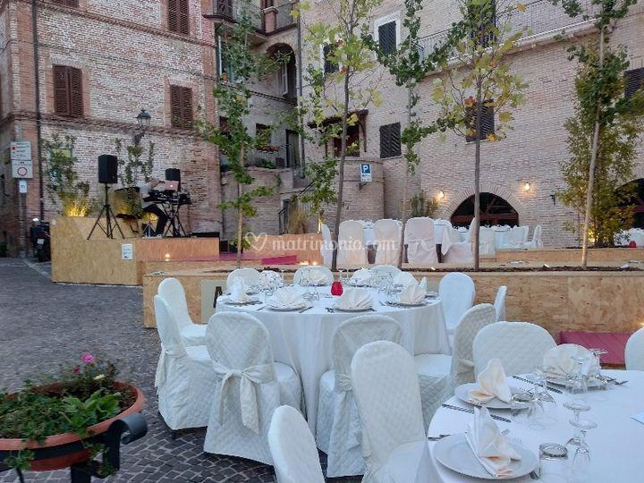 Matrimonio in piazza