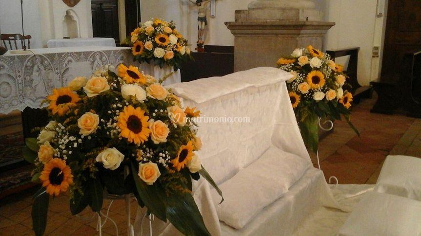 Addobbi Matrimonio Girasoli : Addobbo girasoli e rose di fiorilandia garden center foto